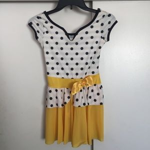 Other - Girls Dance Costume!